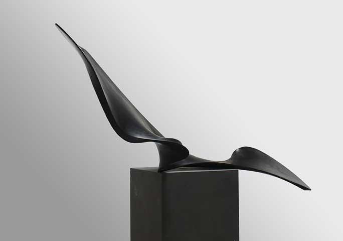 Axel Anklam, Melancholia, 2016, Karbon, Edelstahl/carbon, stainless steel, 110 x 190 x 68 cm