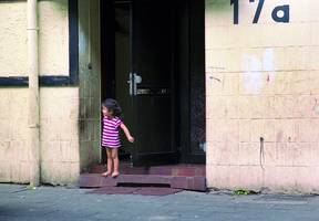 "Foto: Jasmine Shah aus der Serie ""No Go - Go Now / Duisburg-Marxloh"""