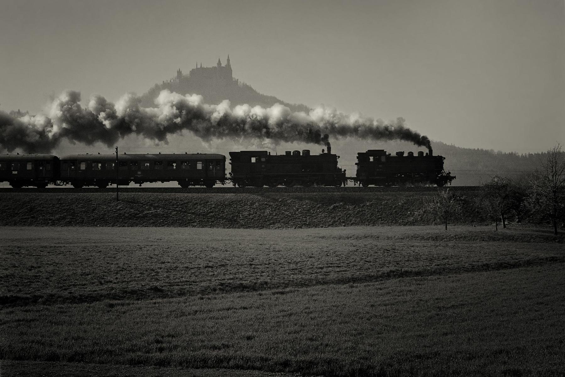 Dampfloks vor der Burg Hohenzollern bei Hechingen, 1974: Foto: Thomas Pflaum