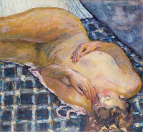 Pierre Bonnard, Liegender Akt auf weißblau kariertem Grund (Nu couché, fond de carreaux blancs et bleus), um 1909, Städel Museum, Frankfurt, © VG Bild-Kunst, Eigentum des Städelschen Museums-Vereins e.V.