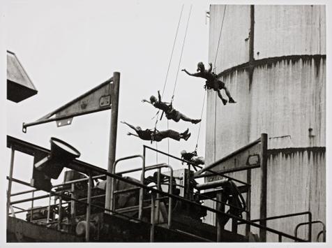"Tanzperformance ""Alles bleibt anders"" bei der ExtraSchicht. Foto: Berthold Socha, 2016"