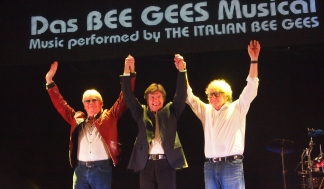 Massachusetts das Bee Gees Musical (Foto: Vince Blue Dennis)