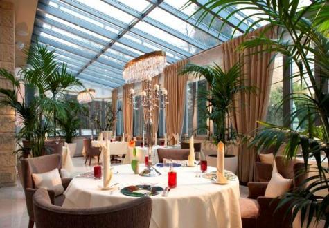 INTERIOR Restaurant Artiste im Steigenberger Parkhotel, Düsseldorf, schöner Wintergarten