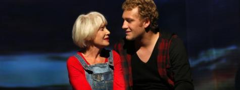 Komödie im Marquardt Stuttgart, Harold und Maude (Foto: Sabine Haymann)